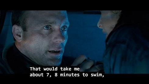 Scena da The Abyss, il personaggio di Bud conta quanto gli ci vorrà a nuotare per prendere una seconda muta