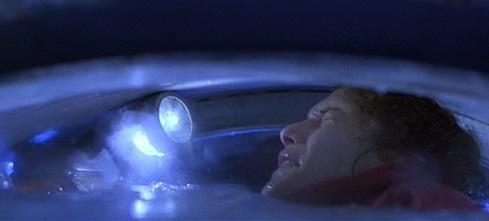 Scena dell'annegamento di Lindsay in The Abyss